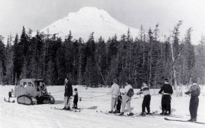 Tucker-snowcat-pulling-skiers-at-Multorpor-Mt-Hood